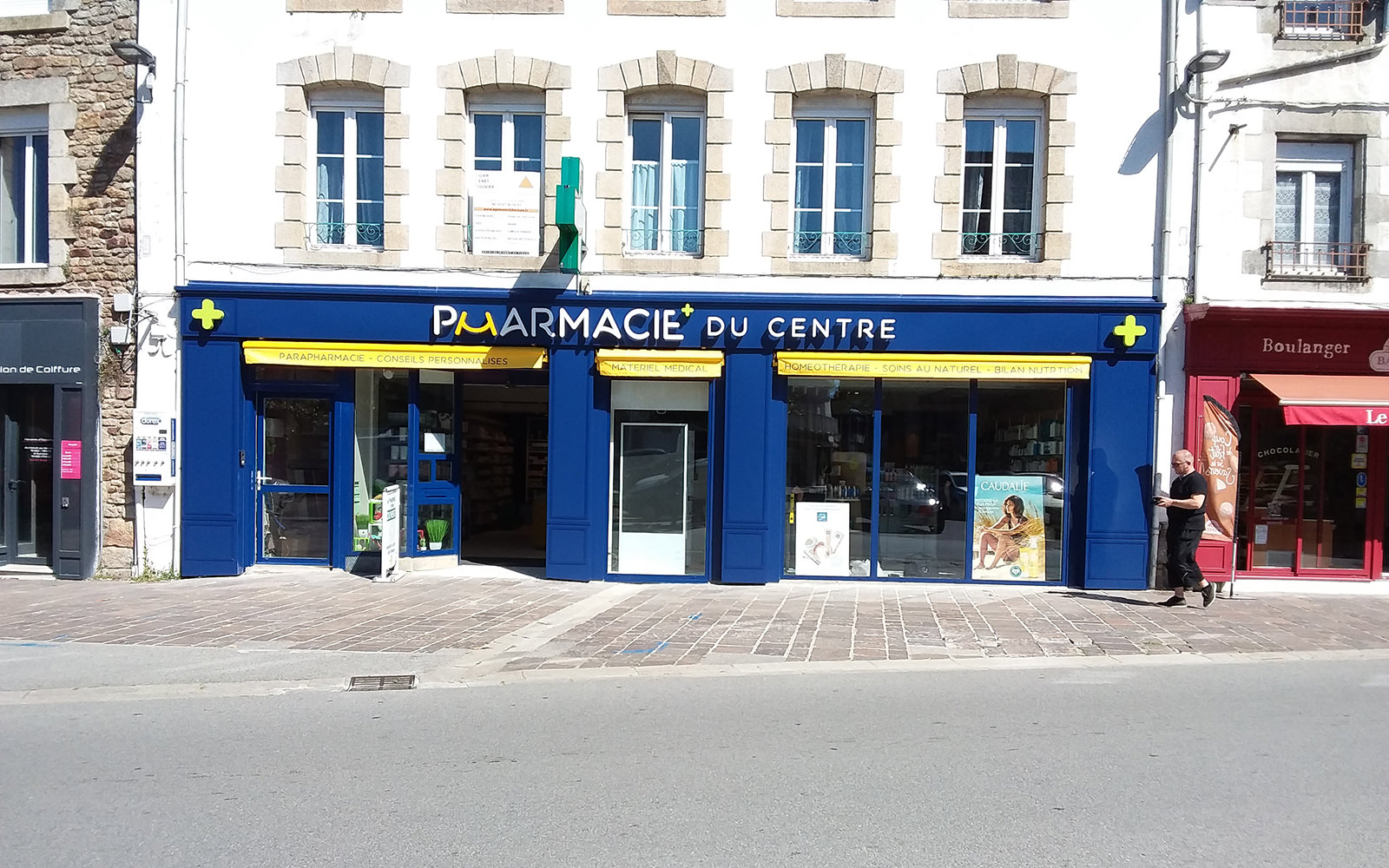 Pharmacie-du-Centre---Baud-enseigne